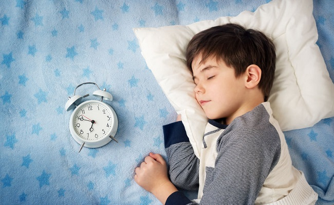 daylight-saving-children-sleep-naps